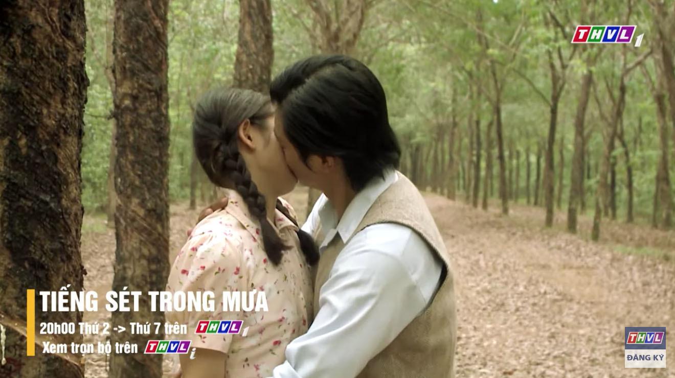 'Tiếng sét trong mưa' tập 35, Bình cưỡng hôn em gái cùng mẹ khác cha