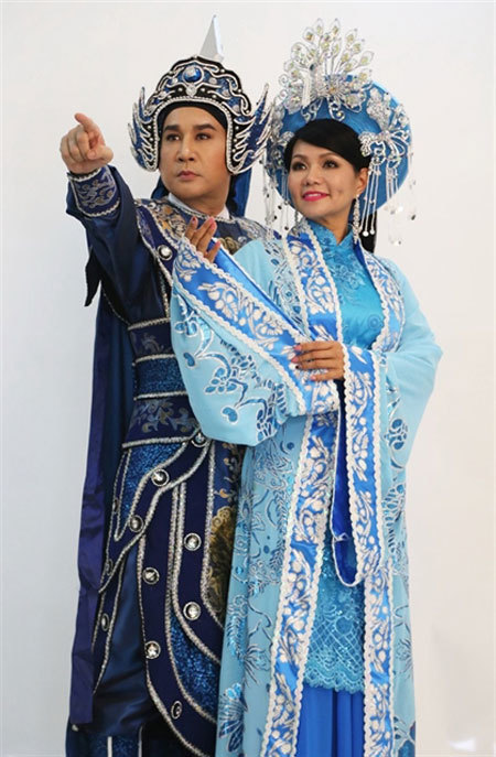 Cai luong star Kim Tu Long,attract audiences,costume designers,composers,entertainment news,what's on,Vietnam culture,Vietnam tradition,vn news,Vietnam beauty,Vietnam news,vietnamnet news,vietnamnet bridge,Vietnamese newspaper,Vietnam latest news,Vietname