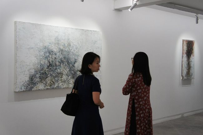 Ha Manh Thang showcases new works at Galerie Quynh