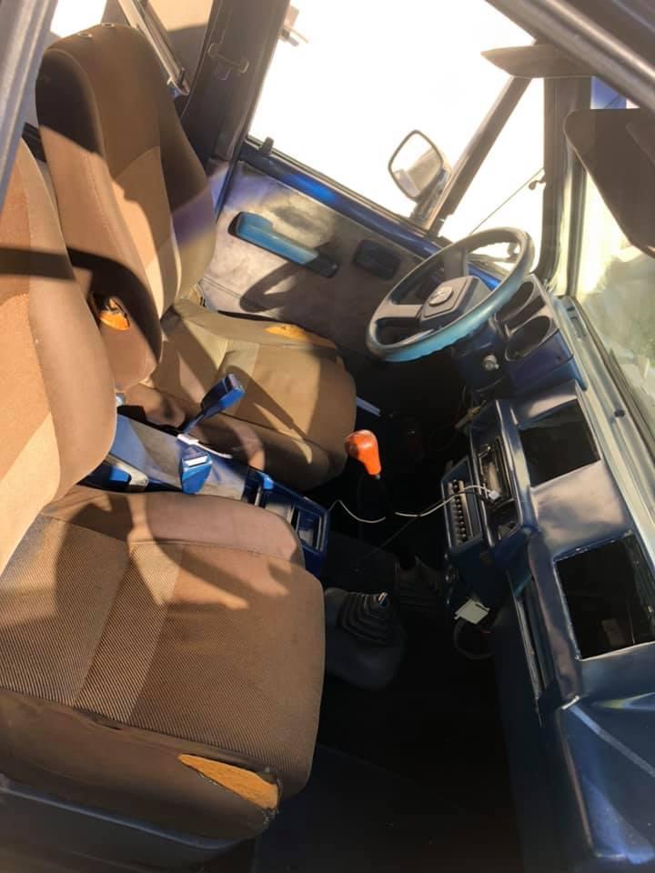 Chủ xe Izusu nhái Mercedes-Benz G-Class bị ném đá mạnh vì độ xấu
