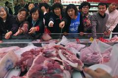VN Agriculture Ministry reassures public that pork shortage will not occur