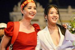 Con gái út nghệ sỹ Chiều Xuân ăn mặc gợi cảm khoe sức sống tuổi thiếu nữ