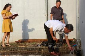 Nghìn dân lo lắng nước sạch nồng nặc mùi lạ, Hà Nội lập đoàn kiểm tra