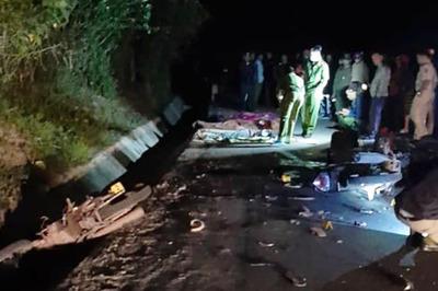 Hai xe máy đối đầu, 4 người ở Quảng Trị tử vong tại chỗ