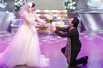 Đám cưới ngập nước mắt của Kim Tử Long - Ngọc Huyền trên sân khấu