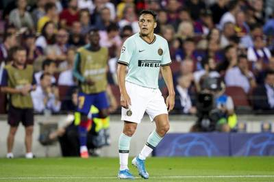 MU ngậm đắng nuốt cay… thưởng Sanchez 5 triệu bảng!