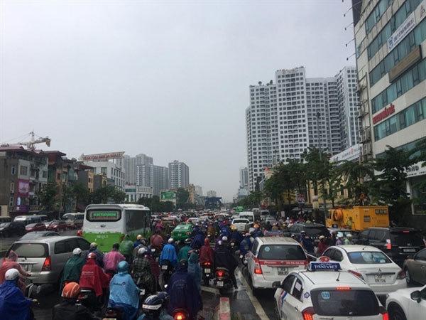High-rise apartments trigger Hanoi traffic hotspots