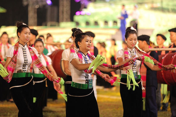 Dien Bien,the second Thai cultural festival,xoe dance,entertainment news,what's on,Vietnam culture,Vietnam tradition,vn news,Vietnam beauty,Vietnam news,vietnamnet news,vietnamnet bridge,Vietnamese newspaper,Vietnam latest news,Vietnamese newspaper articl