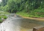 Truy nguồn gốc 2,5 tấn dầu đổ trộm gây ô nhiễm nguồn nước sạch sông Đà