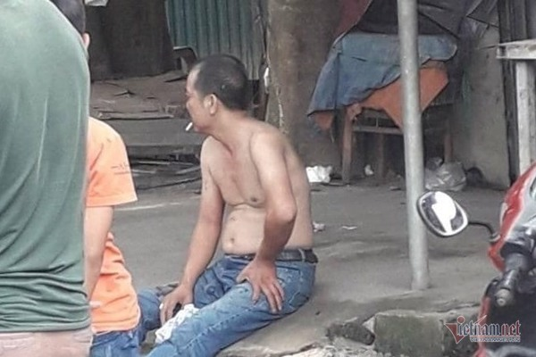Chém mẹ vợ cũ trọng thương rồi thản nhiên ngồi hút thuốc