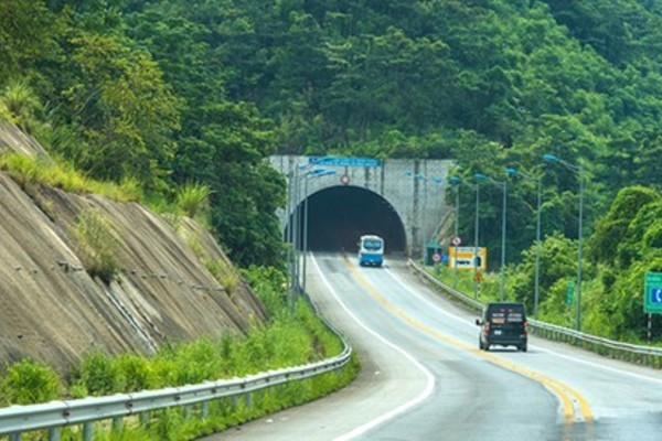 Well-structured law to channel foreign investment into Vietnam's infrastructure