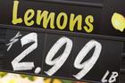 Những thứ 'vô tình' đánh lừa khiến bạn tiêu tiền vô tội vạ mà không biết