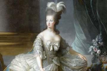 Paris exhibition celebrates life of Marie-Antoinette