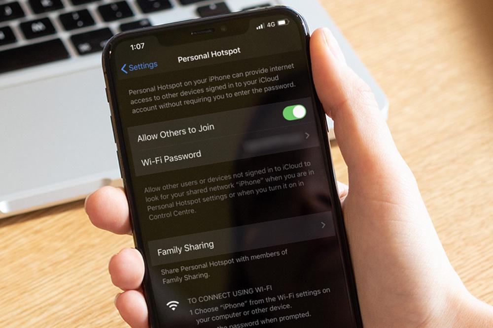 Cách chia sẻ 4G qua Wi-Fi trên iOS 13, không cần đọc mật khẩu