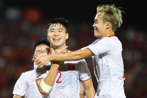 Việt Nam 1-0 Indonesia: Duy Mạnh mở tỷ số (H1)