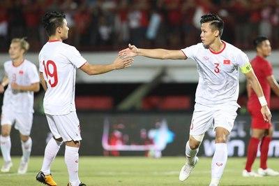 Tuyển Việt Nam thắng Indonesia như thế, có gì vội mừng