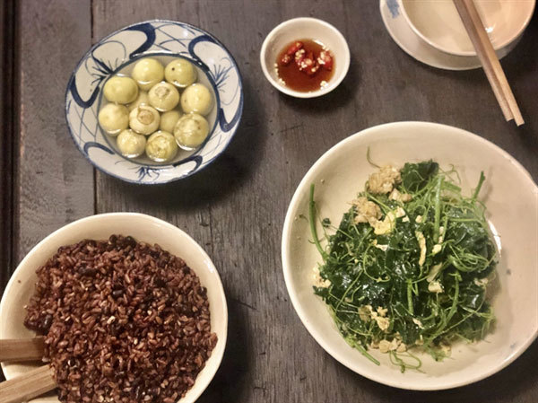 Home-style restaurant offers authentic taste of Hanoi