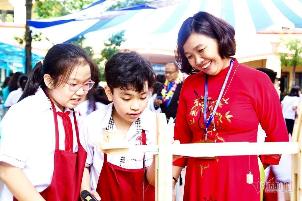 Tiết học không sách vở khiến cô trò Hà Nội thích thú