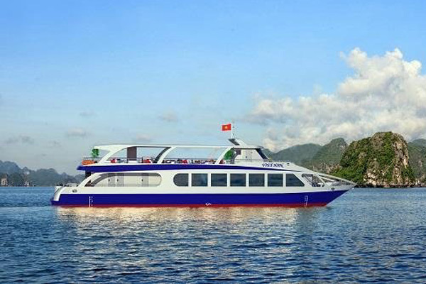 Quảng Ninh: Sẽ có tàu mới hiện đại, an toàn trên Vịnh Hạ Long