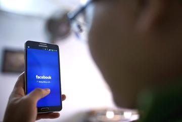 Bị lấy thông tin cá nhân trên Facebook, có thể kiện được không?