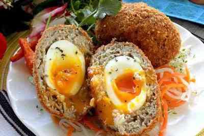 Chiêu đãi cả nhà thịt bọc trứng chiên xù lạ miệng cực ngon