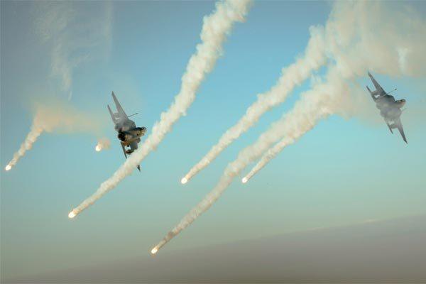 Mỹ điều chiến cơ phá hủy căn cứ chính mình ở Syria