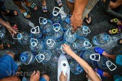PM Nguyen Xuan Phuc asks Hoa Binh, Hanoi to tackle water pollution