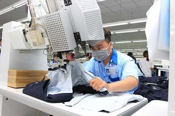 High apparel outsourcing fees put pressure on Vietnamese exports