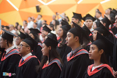 In Vietnam, many bachelor's-degree graduates can't find jobs