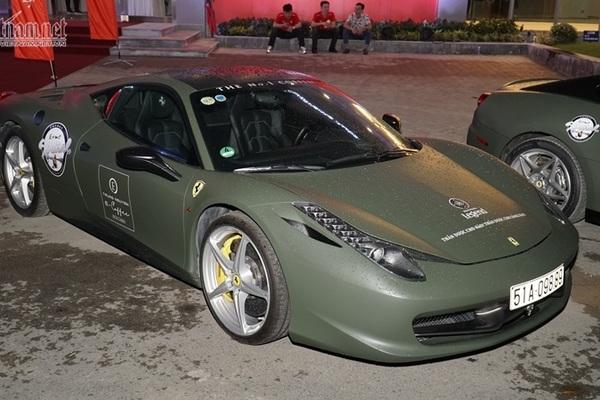 Đặng Lê Nguyên Vũ góp 3 siêu xe Ferrari dự đại tiệc cùng đại gia Sài Gòn