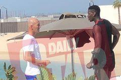 Zidane gặp Pogba ở Dubai, MU sốt xình xịch