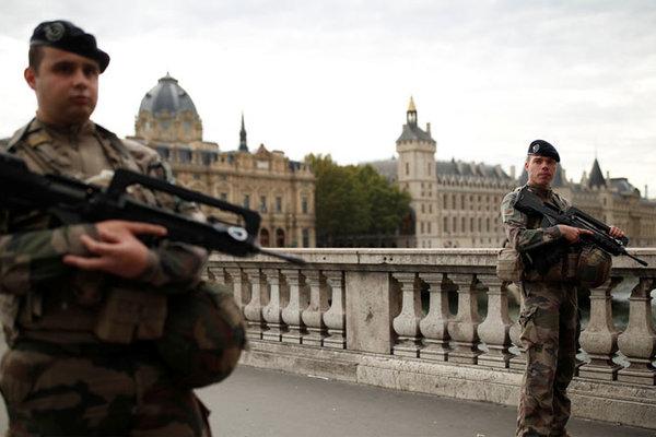 Pháp đập tan âm mưu khủng bố kinh hoàng kiểu 11/9