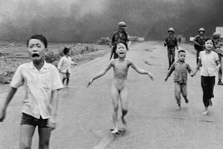 Bức ảnh về Việt Nam làm thế giới thay đổi mạnh nhất 50 năm qua