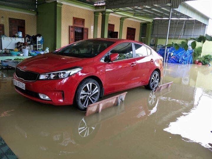 cách chống ngập cho ô tô,mưa lũ,chống ngập,chống ngập xe ô tô