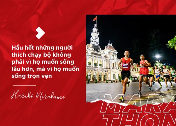 Chàng trai vượt ngàn dặm marathon khắc nghiệt mang lá cờ Việt về đích