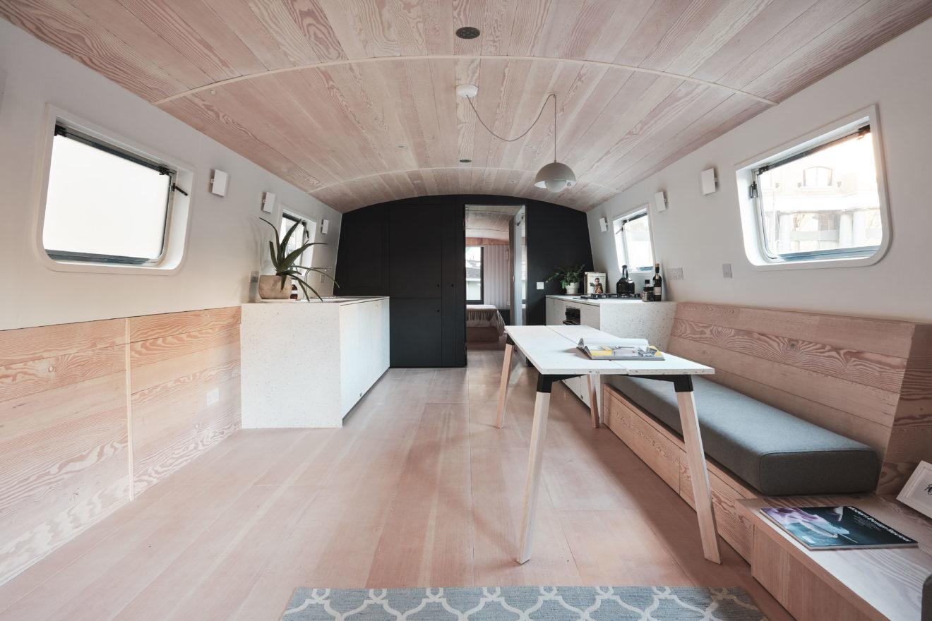 Ngắm nhà thuyền 40m2 hiện đại, đầy đủ tiện nghi ngay trung tâm London