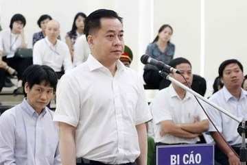 21 in high-profile corruption case prosecuted