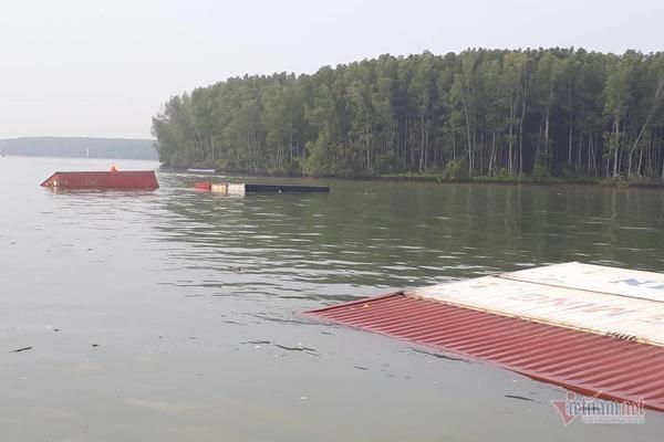 Phút sinh tử của 17 thuyền viên trên tàu 8.000 tấn bị chìm ở Cần Giờ