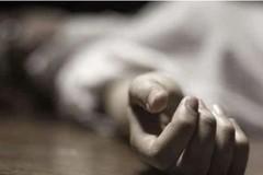 'Người chết' bật dậy khiến dân làng bỏ chạy tán loạn trong đám tang