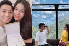 Trung vệ Bùi Tiến Dũng tặng dây chuyền đắt giá cho vợ hot girl ngày 20/10