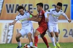 Vòng 25 V-League: Nam Định vượt lên, Minh Vương sút phạt dội cột