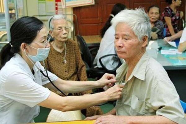 Chăm sóc sức khỏe người cao tuổi là nhiệm vụ trọng tâm