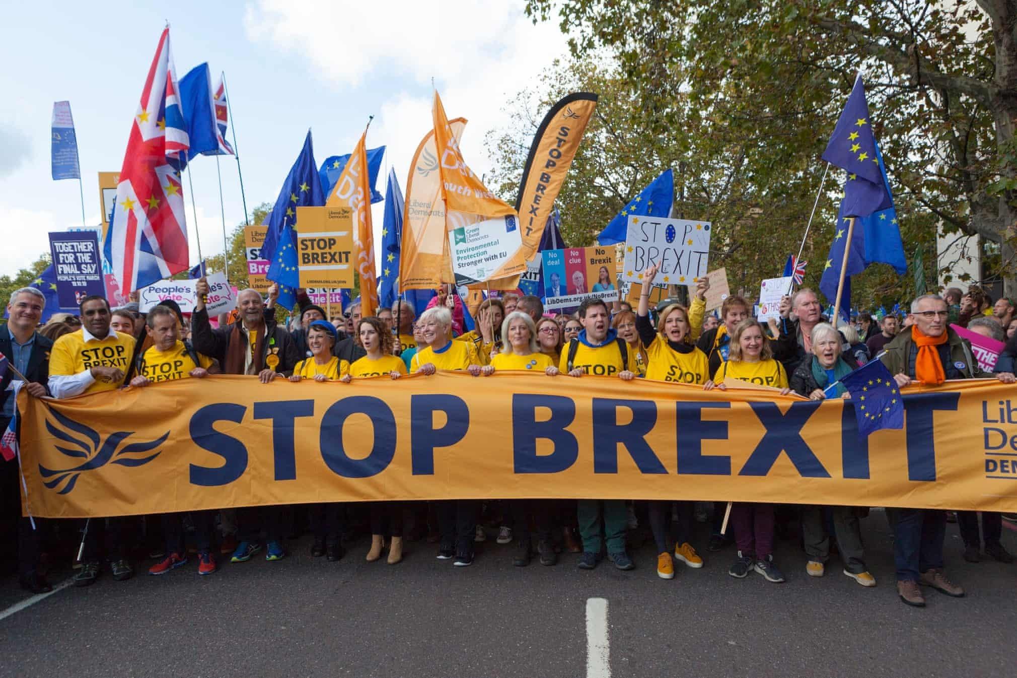 Dân Anh tuần hành kín đặc thủ đô vì Brexit