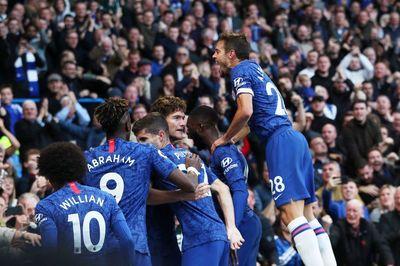 """Chelsea thắng vất vả nhờ cú """"tạc đạn"""" của Alonso"""