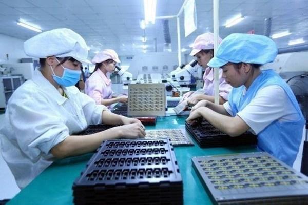 Vietnam shortens gender gap in politics, economy