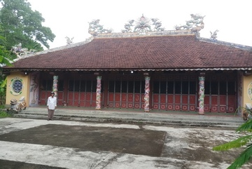 Ancient artfacts stolen from communal hall in Thua Thien-Hue