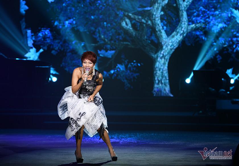 Thanh Lam, Tùng Dương 'đốn tim' khán giả trong concert 'Mây và em'