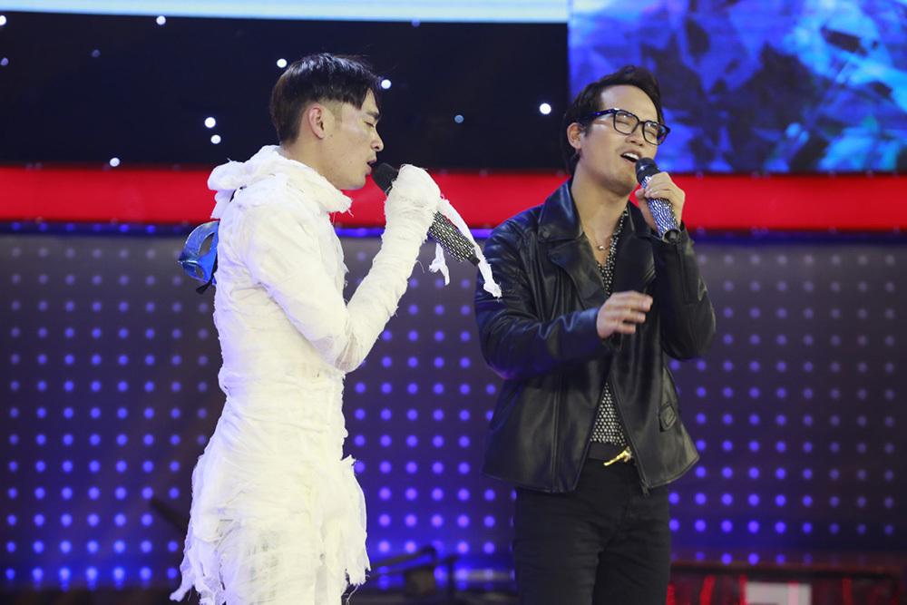 Trấn Thành, Trường Giang bất ngờ hội ngộ dàn thí sinh 'Thách thức danh hài'