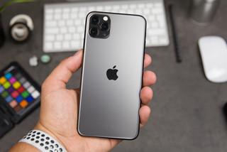 iPhone 11 giảm 5 triệu đồng, giá chạm đáy chơi sang quá rẻ