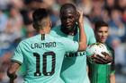 Lukaku chói sáng, Inter thắng siêu kịch tính